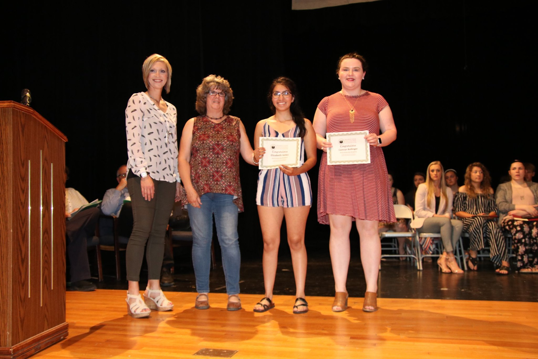 2019 Prairie View Alumni Association Scholarship Recipients: Elizabeth Velez and Camryn Bollinger